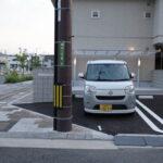 バス停も電柱も移動させることができる。